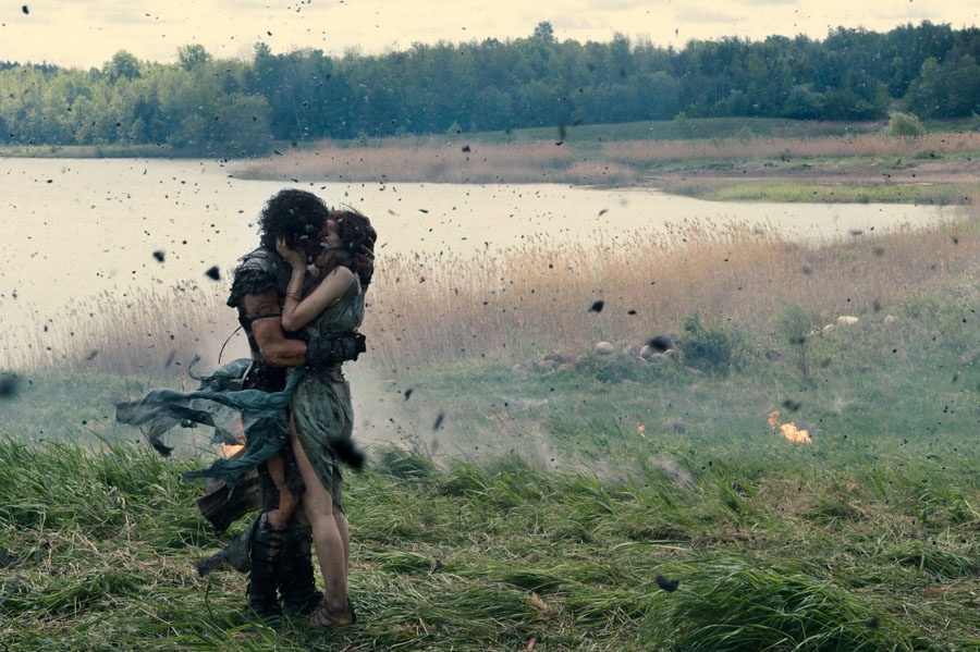 Kit Harington, Emily Browning | Źródło: Filmweb