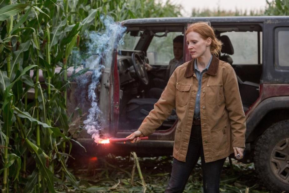 Topher Grace, Jessica Chastain | Źródło: imdb.com