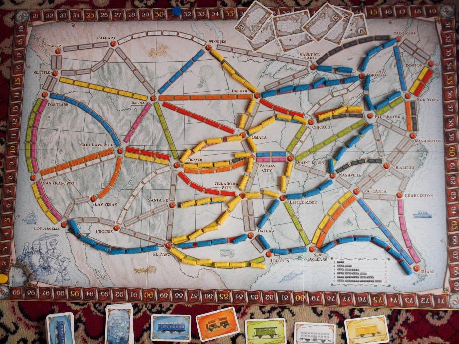 Wsiąść do pociągu: spokojna rozbudowa linii kolejowych